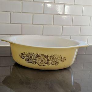 Pyrex Golden Rosette dish.